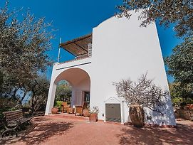 Anacapri Villa Sleeps 6 Wifi photos Exterior