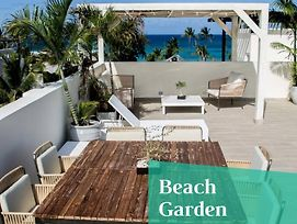 Luxurious Pent House Steps From The Beach F4 Los Corales Playa Bavaro photos Exterior