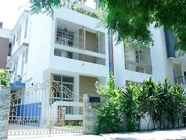 Maplewood Guest House, Neeti Bagh, New Delhiit Is A Boutiqu Guest House photos Exterior