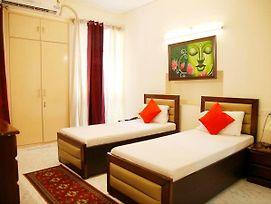 Maplewood Guest House, Neeti Bagh, New Delhiit Is A Boutiqu Guest House - Room 4 photos Exterior
