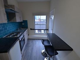 Lovely Apartment In Coventry Near Coventry Cathedral photos Exterior