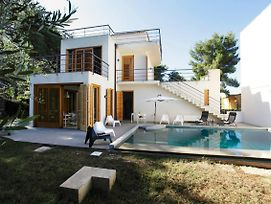 Whole Modern Villa With Pool And Near The Sea photos Exterior