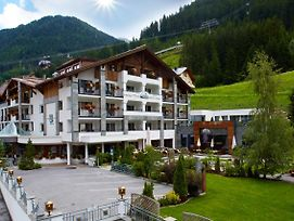 Hotel Tirol photos Exterior