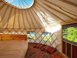 Yurt, Boathouse & Kayak Glamping On The Shore photos Exterior
