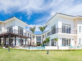 Amazing Private Villa With Chef And Maids photos Exterior