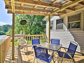 Quaint Cottage With Private Deck In Columbus! photos Exterior