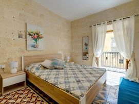 Central And Cosy 2Br Apartment In Valletta photos Exterior