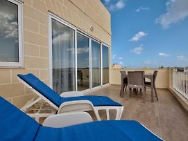The Strand Gzira Penthouse Apartment photos Exterior