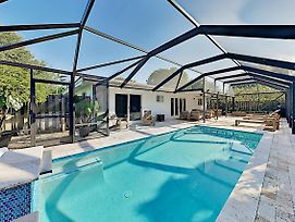 Luxe Pool Home In Heart Of Wilton Manors! Home photos Exterior
