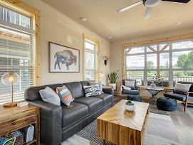 Wor111 - Brand New Modern Home Seconds From Fraser River!!! photos Exterior