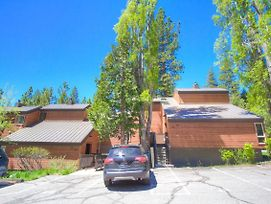 Alpine Getaway By Lake Tahoe Accommodations photos Exterior