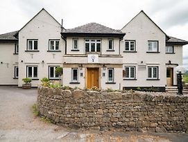 Gorgeous Home In Nr. Bowness-On-Windermere With Garden photos Room
