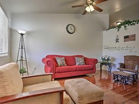 New! Family-Friendly Ranch House, 21 Miles To Zion photos Exterior