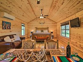 New! Chic Country Cabin - 10 Mi To Main Street! photos Exterior