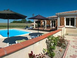 Lovely 3-Bed Villa In Les Cammazes. photos Exterior