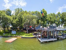 Lake Lbj Waterfront House W/ Private Boat Slip, Swimming Area With Steps To The Lake photos Exterior