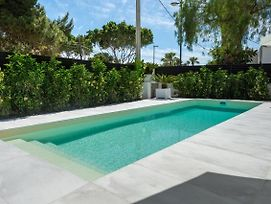 Luxury Villa Pool Terrace Bossa Beach photos Exterior