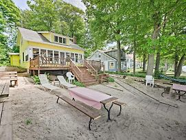 Holland Cottage W/ Private Beach On Lake Michigan! photos Exterior
