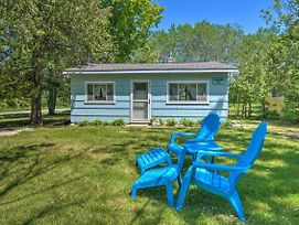 New! Lake Charlevoix Pet-Friendly Cabin Getaway! photos Exterior