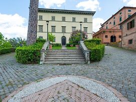 Secluded Apartment In San Miniato With Swimming Pool photos Room