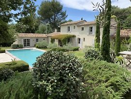Lush Home In L'Isle-Sur-La-Sorgue With Swimming Pool photos Exterior