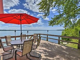 Family-Friendly Cayuga Lake Retreat With Dock! photos Exterior
