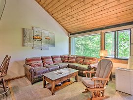 Cozy Loon Condo With Mountain View And Amenities! photos Exterior
