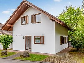 Five-Bedroom Holiday Home In Kirchheim photos Exterior