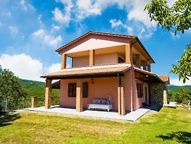 Exotic Villa In Pieve San Giovanni With Swimming Pool photos Exterior