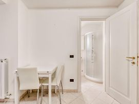 Elegant Apartment In Sanremo By The Town Centre photos Exterior