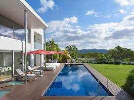 Luxurious Villa With Private Pool And Framed By The Endless Blue Balearic Sky photos Exterior