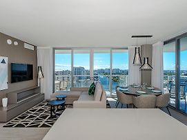 5 Stars Amenities Luxury 3 Br-Stunning View & 27Th Floor photos Exterior