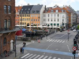 Two-Bedroom Apartment In The Iconic Historical Part Of Copenhagen photos Exterior