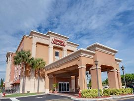 Hampton Inn & Suites Cape Coral photos Exterior
