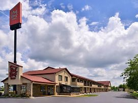 Red Roof Inn Greenwood photos Exterior