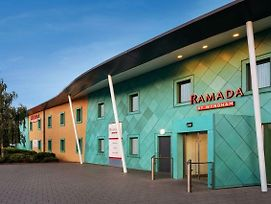 Ramada By Wyndham photos Exterior