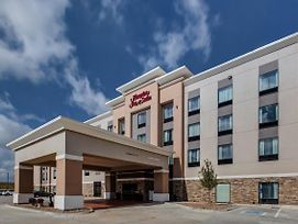 Hampton Inn & Suites-Wichita/Airport, Ks photos Exterior