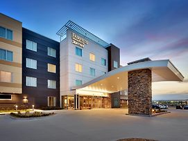 Fairfield Inn & Suites By Marriott Springfield North photos Exterior