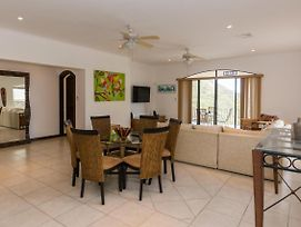Ground Floors 3-Bedroom Condo With Private Pool And Ocean View! photos Exterior