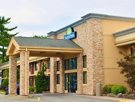 Days Inn By Wyndham Wayne photos Exterior