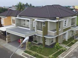 Penginapan Homstay photos Exterior
