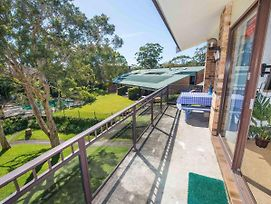 73 'Bay Parklands', 2 Gowrie Avenue - Solar Heated Pool, Spa, Tennis Court & Views photos Exterior