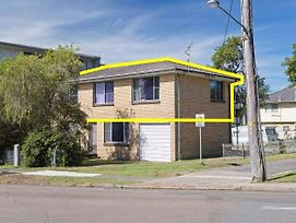Dalwood' 1 43 Soldiers Point Road Top Floor And Perfect For Small Boat Parking photos Exterior