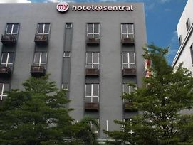 My Hotel @ Sentral 2 photos Exterior