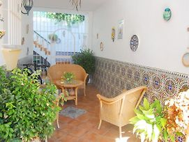 Hermosa Casa Familiar Con Patio photos Exterior