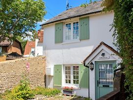 Manor Cottage photos Exterior