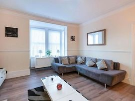 Comfortable Holiday Home In Newcastle Upon Tyne With Heating photos Exterior