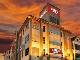 E-Red Hotel Seberang Jaya photos Exterior