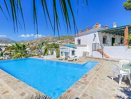 Nerja Villa Sleeps 5 With Pool Air Con And Wifi photos Exterior