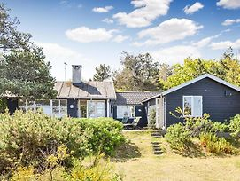 Nice Home In Gilleleje W/ Wifi And 4 Bedrooms photos Exterior